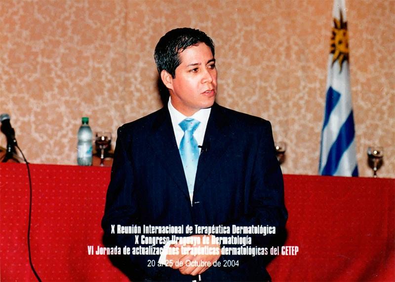 Dr. Gino Llosa - X Reunión Internacional de Terapéutica Dermatológica, X Congreso Uruguayo de Dermatología, VI Jornada de actualizaciones terapéuticas dermatológicas del CETEP