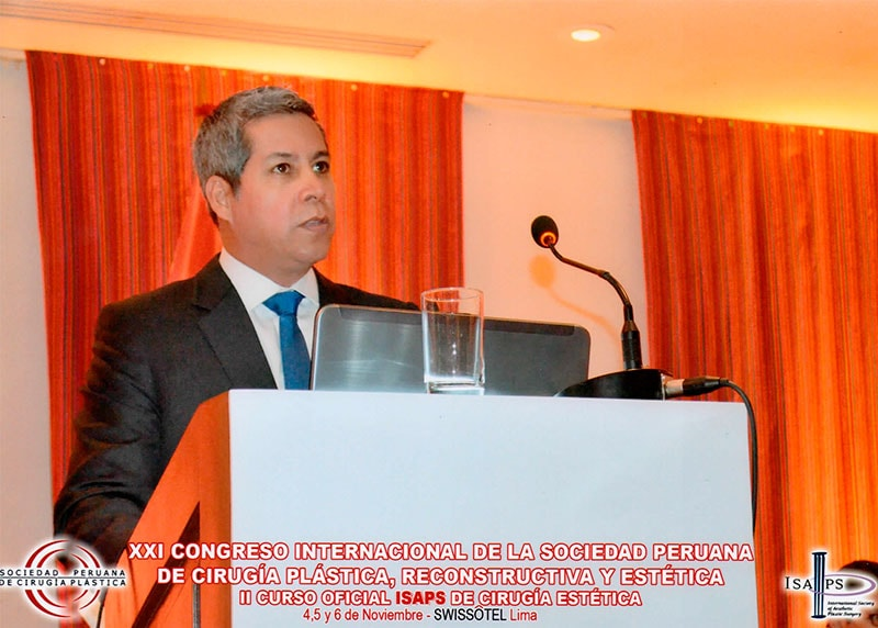 Dr. Gino Llosa - XXI Congreso Internacional de la Sociedad Peruana de Cirugía Plástica, Reconstructiva y Estética, II Curso Oficial ISAPS de Cirugía Estética