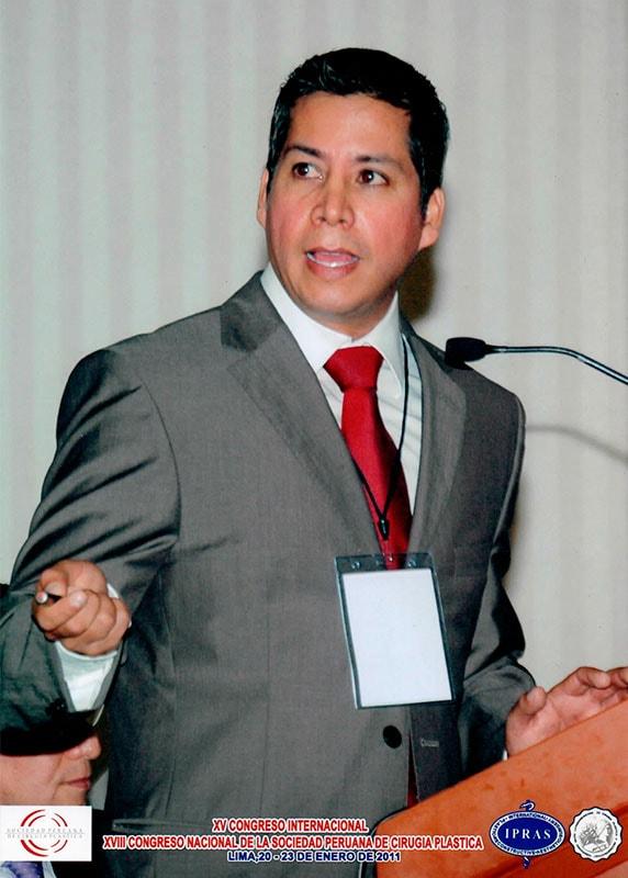 Dr. Gino Llosa - XV Congreso Internacional, XVIII Congreso Nacional de la Sociedad Peruana de Cirugía Plástica