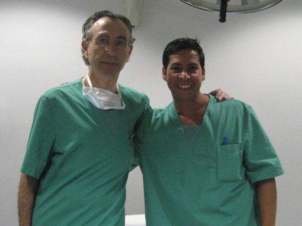 Dr. Gino Llosa con el Dr. Llorens - Clínica Planas - Barcelona, España 2010