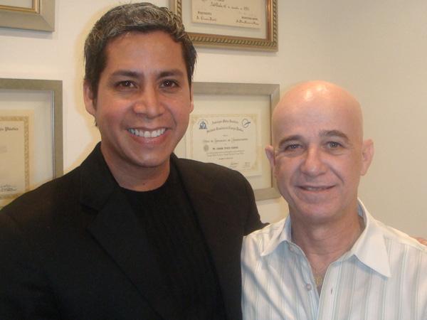 Dr. Gino Llosa con el Dr. Oswaldo Saldanha - Clinica Saldanha - Sao Paulo, Brasil 2008